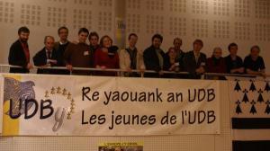 09-11-08-congr-s-UDB-une-bande-de-djeun-s-6990